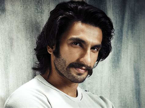 hairstyie of rainveer kapoor top 5 ranveer singh hairstyles that excited the audience much