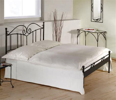 französisches bett 120x200 best schlafzimmer mit metallbett contemporary globexusa