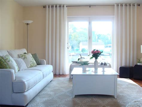Living Room Picture Window Curtains 20 Different Living Room Window Treatments