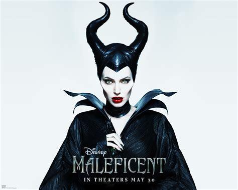film disney maleficent maleficent review noahhaye blog www gameinformer com