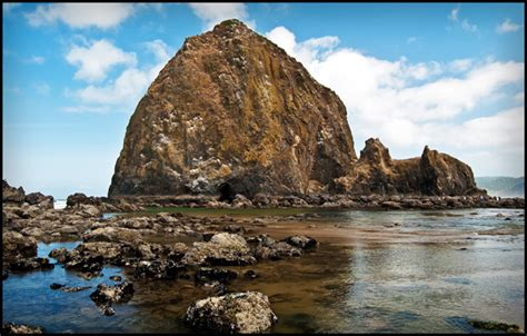 haystack rock oregon haystack rock oregon coast the