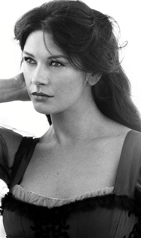 uk celebrities born in 1969 394 best zeta jones images on pinterest celebrities
