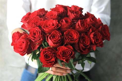 Valentines Day Roses That Speak To You by Why Are Roses So Popular For S Day Reader S