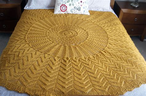 pattern single color amy gunderson universal yarn creative network page 2