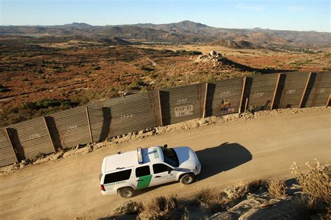 us mexico border wall map voters who favor border wall cannot identify border on map