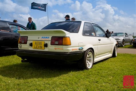 classic toyotas theme tuesdays classic toyotas stance is everything