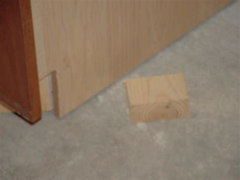 toe kick for kitchen cabinets kitchen cabinet installing kitchen cabinets springfield