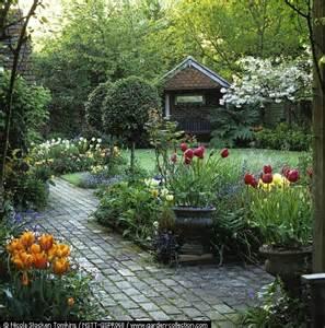 Winter Flower Gardens 1000 Ideas About Winter Container Gardening On Container Garden Evergreen And Planters