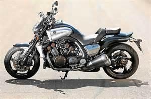 Suzuki Vmax Vergleichstest Ducati Diavel Suzuki B King Und Yamaha