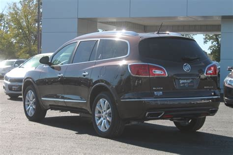 buick jeep 2016 comparison buick enclave premium 2015 vs jeep