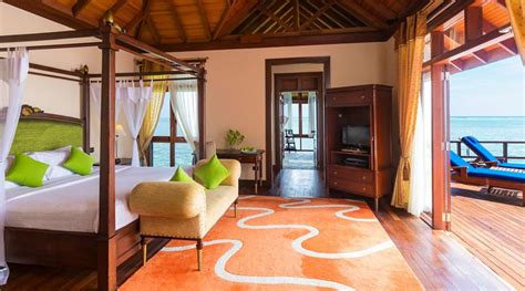 all inclusive two bedroom suites olhuveli beach spa resort 4 presidential water pool