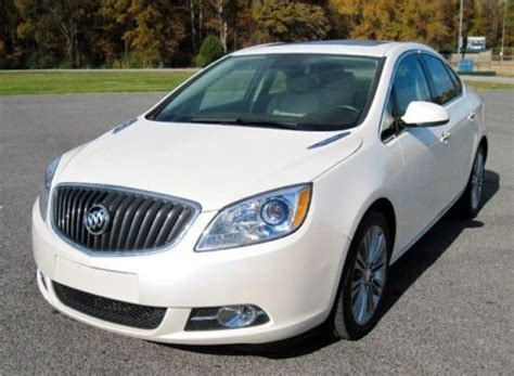 13 buick verano buy used 13 buick verano leather moonroof navigation