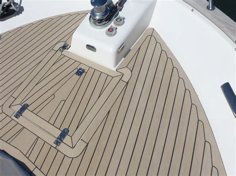 boat flooring material boat flooring options and decking choices from beautiful