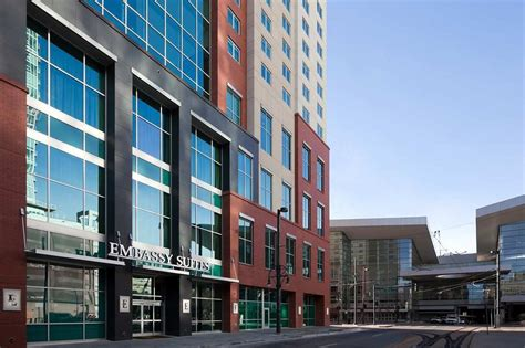 hotel rooms downtown denver embassy suites denver downtown convention center in denver hotel rates reviews on orbitz