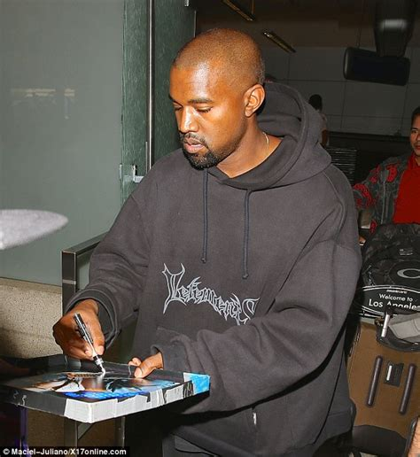 Dr Says He Operated On Kanye Wests by Kanye West Reveals He S Being Given An Honorary Doctorate