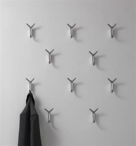 Modern aluminum wall Hanger for the office   IDFdesign