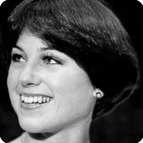 updated dorothy hamill hairstyle pin katie holmes straight choppy flip bob hairstylephoto
