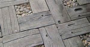 Patio Pavers That Look Like Wood Concrete Pavers They Only Look Like Wood But Without The