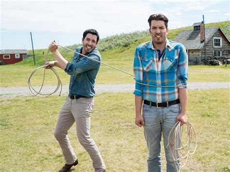 watch property brothers at home on the ranch free go behind the scenes of property brothers at home on the