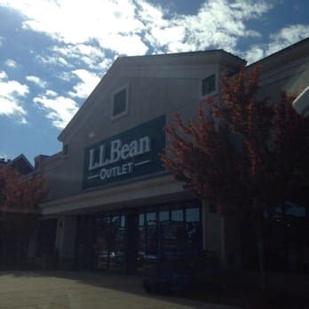 ll bean phone number ll bean 16 reviews outlet stores 31 gusabel ave nashua nh united states phone number