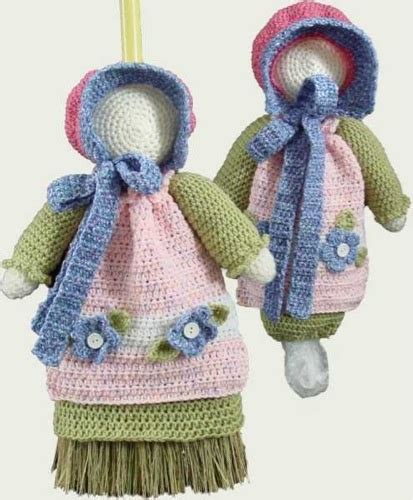 crochet plastic bag keeper pattern crochet maggie weldon sunbonnet sue broom bag keeper pa853