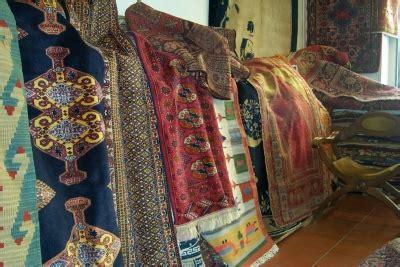 tappeti persiani prezzi bassi pulitura e restauro tappeti in umbria lavaggio e