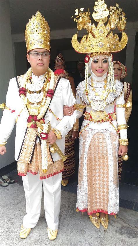 Kostum Baju Dayak Anak Anak Baju Adat Nusantara quot sanggar nusantara dot quot jakarta sewa baju lung