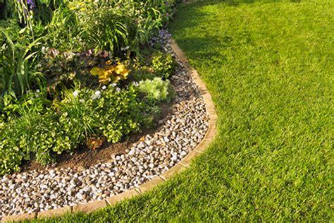 Landscape Edging Alternatives Landscaping Ideas 7 Alternative Types Of Mulch Diy