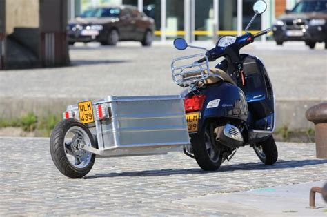 trailer fuer vespa scooter