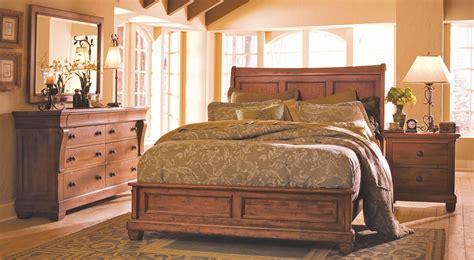 tuscano bedroom set tuscano low profile bedroom set from kincaid 96 150p