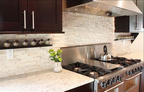 Stone Kitchen Backsplash Pictures by Creating A Kitchen Backsplash That Attracts Buyers