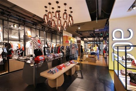 Handcraft Workshop - a02 store by purge beijing china 187 retail design