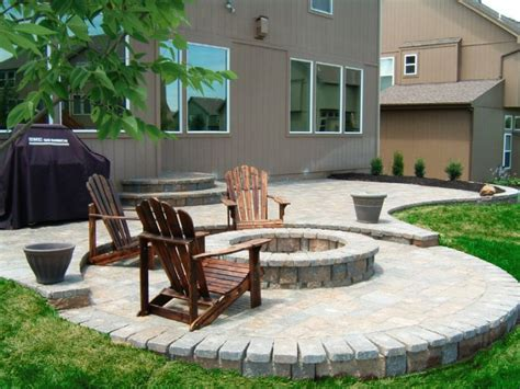 how to do a paver patio how to build a paver patio on a sloped yard paver patio 3