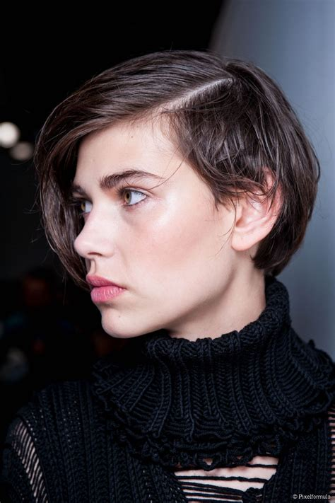 pictures of short hairstyles with side part sleek short hair tutorial try a deep side part