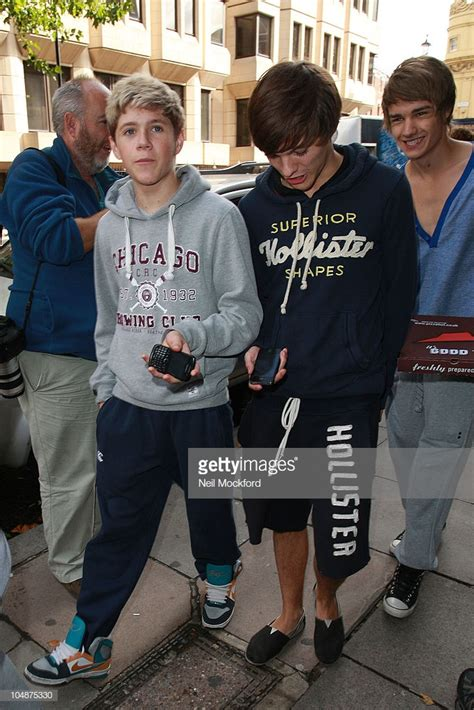 louis tomlinson x factor group x factor contestants sighting in london october 6