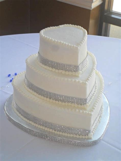 Wedding Wishes Worksop by Silver Bling Wedding Cakes