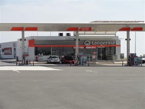 Closet Petrol Station alicante airport car hire where is the nearest gas station