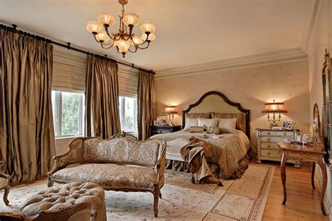stunning traditional bedroom designs