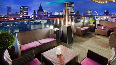 manchester top bars skylounge at doubletree rooftop bar in manchester therooftopguide com