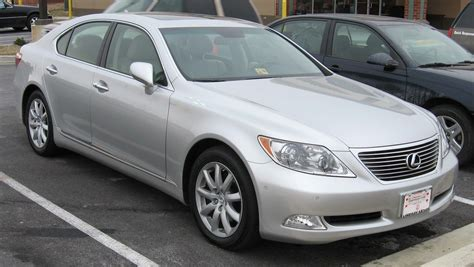how to hotwire 2007 lexus ls file lexus ls 460 jpg wikipedia 2007 lexus ls 460 information and photos momentcar