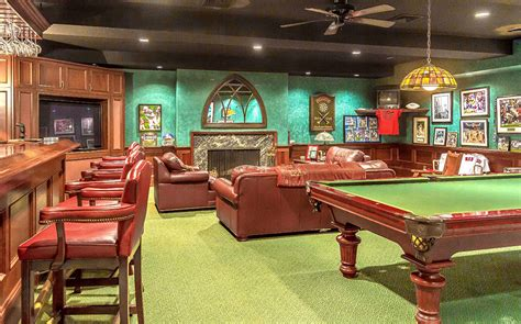 Bar Billiard Room by 10 Homes With Chic And Sophisticated Billiard Rooms