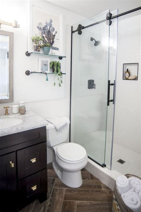 bathroom renovations ideas for small bathrooms best 25 small bathroom remodeling ideas on