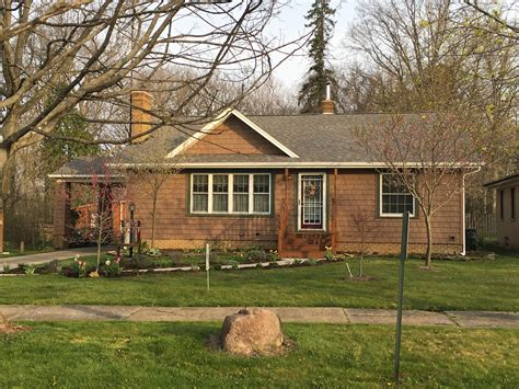 discover seven cedar roof shingle homes you will want to build roofing contractors siding contractors in mcdonald ohio