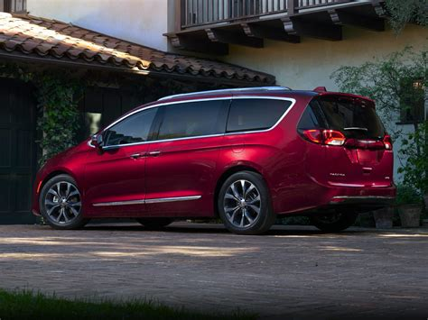 2019 Chrysler Minivan by New 2019 Chrysler Pacifica Price Photos Reviews