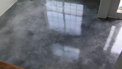 piso de cemento pulido microcemento versus cemento pulido kemag pavimentos