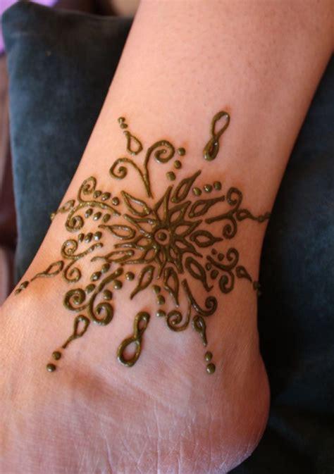 henna tattoo designs anklet flower henna design for your ankle henna