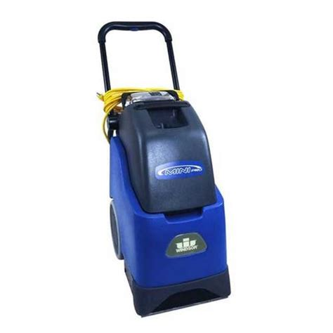 carpet cleaning machine rental station