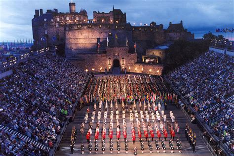 edinburgh tattoo jubilee package festival de edimburgo explora escocia