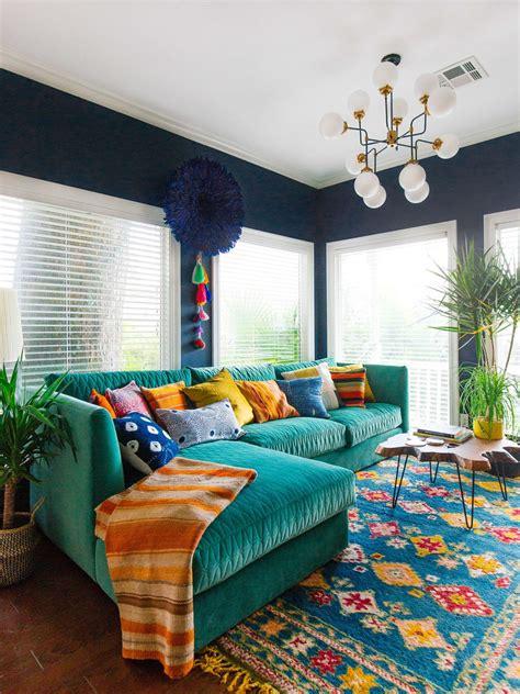 colorful sofas  break  monotony   living