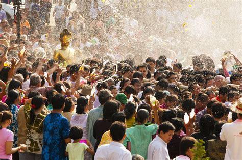 new year thailand songkran festival thai new year koh restaurant